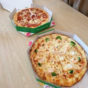 土曜レッスンでピザ