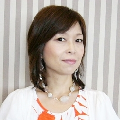 ビーズ教室アトリエラ・ラ講師小堀潤子
