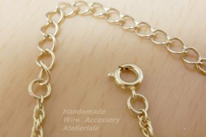 ネックレスの金具引き輪